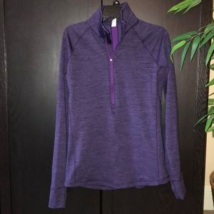 Under Armour ColdGear 1/2 zip thumb holes S fitted